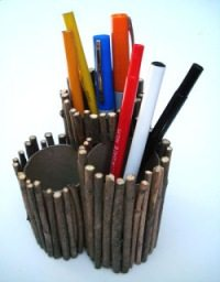 pencil holder made with twigs and paper tubes
